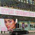 Kylie Cosmetics disponible dans les magasins Topshop. Novembre 2017.