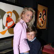 La jolie Sarah Marshall vous présente son adorable fils !