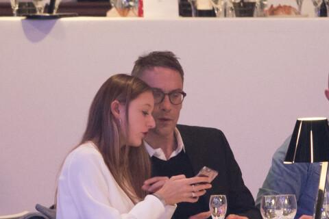 Julien Courbet complice avec sa fille, l'émotion de la veuve de Jean Rochefort