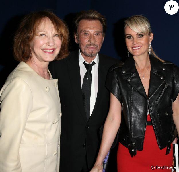 Nathalie Baye, Johnny Hallyday et sa femme Laeticia - Avant-première de 'Salaud on t'aime' à l'UGC Normandie sur les Champs-Elysées à Paris le 31 mars 2014.