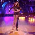 """""""Karine Ferri danse avec Maxime Dereymez dans """"Danse avec les stars 8"""", le 18 novembre 2017."""""""