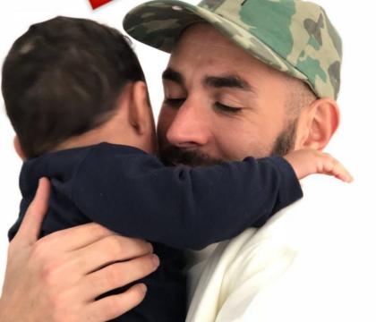 Karim Benzema, toujours boudé, se console auprès de son adorable bébé