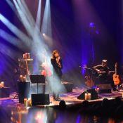Carla Bruni sur scène : Nicolas Sarkozy, fier et fidèle à sa belle chanteuse...