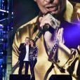 """""""Garou et Zazie rendent hommage à Johnny Hallyday lors du 31e Téléthon, au Pavillon Baltard le 8 décembre 2017."""""""