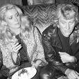 Johnny Hallyday et Catherine Deneuve au Martin's à Paris en 1980