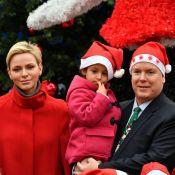 Charlene et Albert de Monaco, Mère et Père Noël au palais avec Camille et Louis