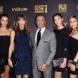 Sylvester Stallone et Jennifer Flavin avec leurs filles, Scarlet Rose Stallone, Lorenzo Soria, Sophia Rose Stallone et Sistine Rose Stallone en 2016 à Los Angeles