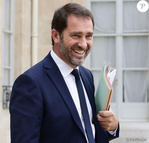 Christophe Castaner, secrétaire d'Etat aupres du Premier ministre, chargé des Relations avec le Parlement, porte parole du Gouvernement sortant du conseil des ministres au palais de l'Elysée à Paris, le 2 août 2017