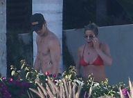 Jennifer Aniston en bikini : La star de Friends aux anges avec son mari tatoué