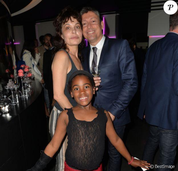 Exclusif - Isabelle Mergault et sa fille Maya, Jacques Sanchez - Anniversaire de Jacques Sanchez au restaurant Nolita à Paris le 29 mai 2016. © Veeren/Bestimage