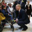 Le prince William, duc de Cambridge, avait le crâne fraîchement rasé le 18 janvier 2018 lors de sa visite à l'hôpital pour enfants Evelina, à Londres.