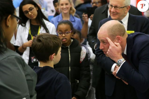 Le prince William a osé se raser les cheveux
