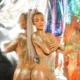 Kim Kardashian lors de la campagne publicitaire de la gamme de cosmétique ultra light beam à Los Angeles, le 29 novembre 2017.