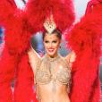 Iris Mittenaere, Miss France 2016, dans son costume du Moulin Rouge lors du tour de présélection au concours Miss Univers à Manille le 30 janvier 2017.