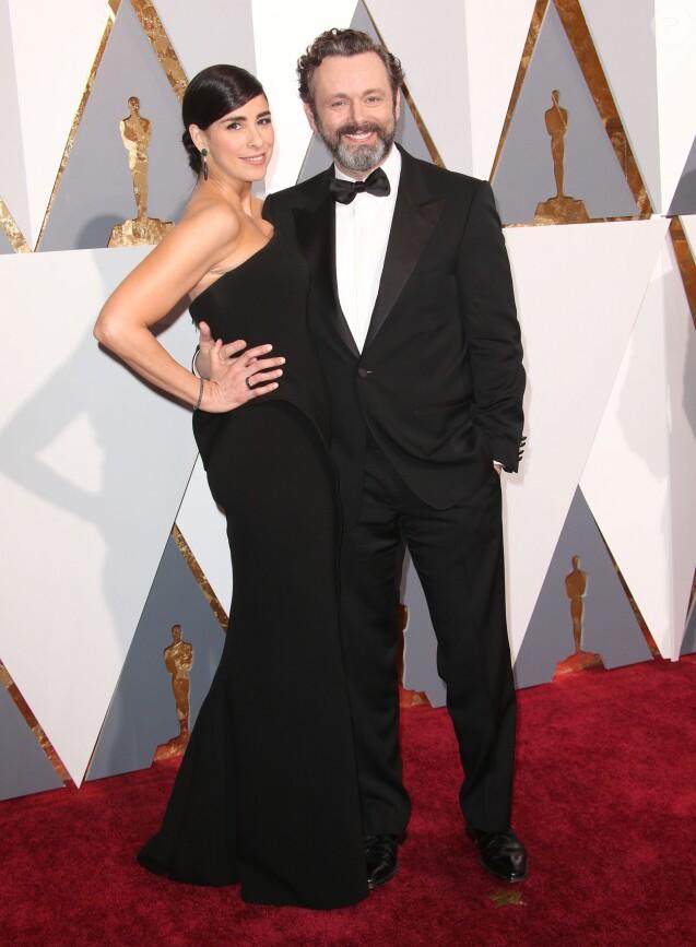 Sarah Silverman et son compagnon Michael Sheen - Arrivées à la 88ème cérémonie des Oscars à Los Angeles le 28 février 2016.