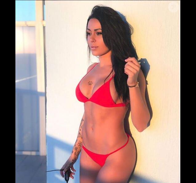 Shanna Kress sexy en bikini à Los Angeles, Instagram, février 2018