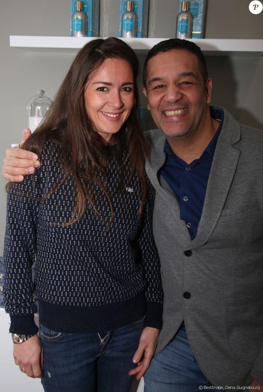 """Semi-Exclusif - Emmanuelle Boidron et l'humoriste Cartouche - Inauguration de la boutique """"Comptoir Sud Pacifique"""" Rive Gauche à Paris, le 13 février 2018. © Denis Guignebourg/Bestimage"""