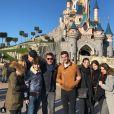 Benjamin Castaldi, ses fils Simon, Julien, Enzo, sa femme Aurore Aleman, Paloma - Disneyland Paris, 14 janvier 2018