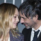 """Vanessa Paradis et Samuel Benchetrit, si amoureux pour la première de """"Chien"""""""