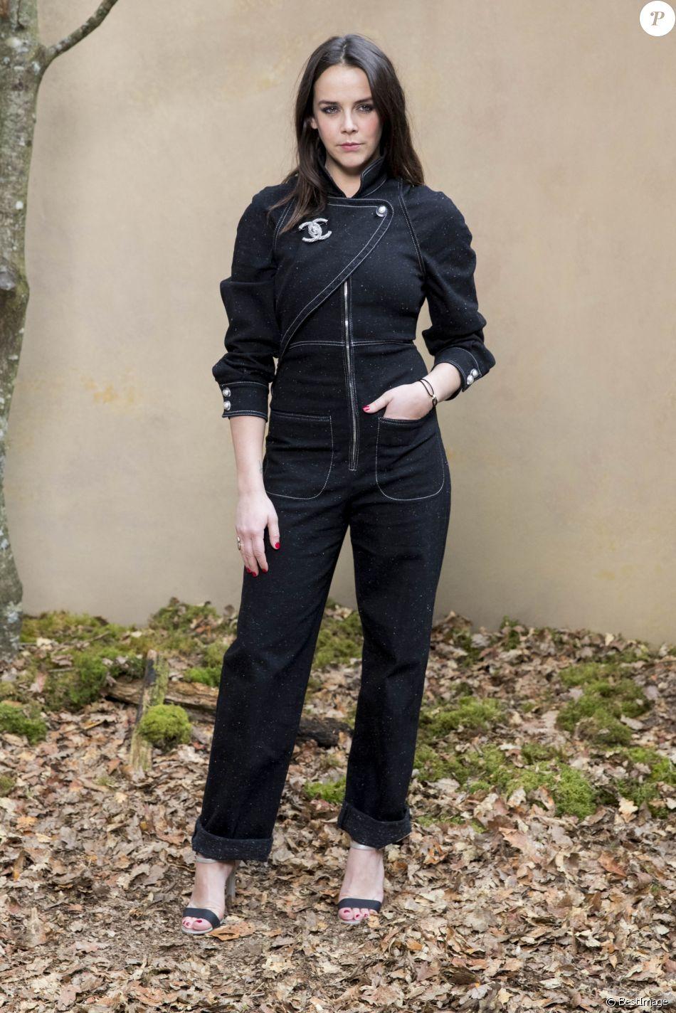 39a6a5c379071 Pauline Ducruet - Défilé de mode automne-hiver 2018 2019  quot Chanel quot