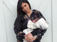 Kylie Jenner, maman gaga devant les grosses joues à croquer de son bébé, Stormi