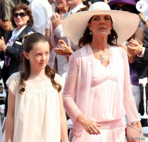 Caroline de Hanovre et sa fille la princesse Alexandra - Mariage du prince Albert et de Charlene de Monaco, le 2 juillet 2011.