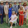Dallas, c'est l'histoire de la très riche famille Ewing dont J.R est le patriarche. Entrez vite dans leur univers... impitoyable !