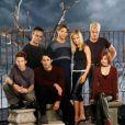 Dans  Buffy contre les vampires , quand l'Elue tombe amoureuse du vampire Angel, c'est le drame assuré ! Leur destin est tragique, Angel préfère quitter la jolie Buffy...