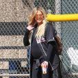 Khloe Kardashian enceinte à Calabasas, le 8 mars 2018.