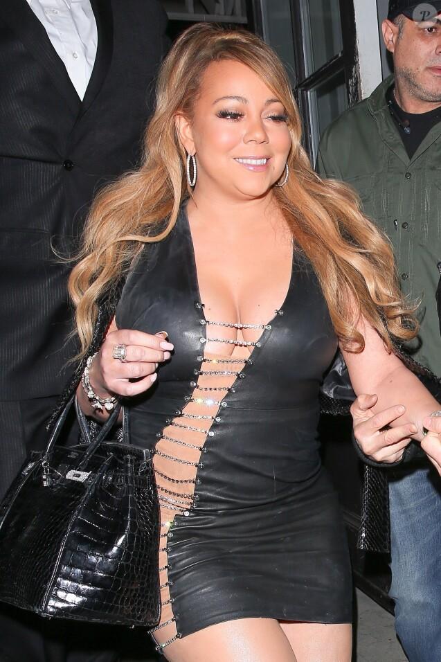Mariah Carey arrive avec son compagnon Bryan Tanaka au restaurant Gracias Madre à Los Angeles, le 22 septembre 2017.