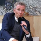 Koh-Lanta – Denis Brogniart : Ses très étonnantes astuces antitranspiration
