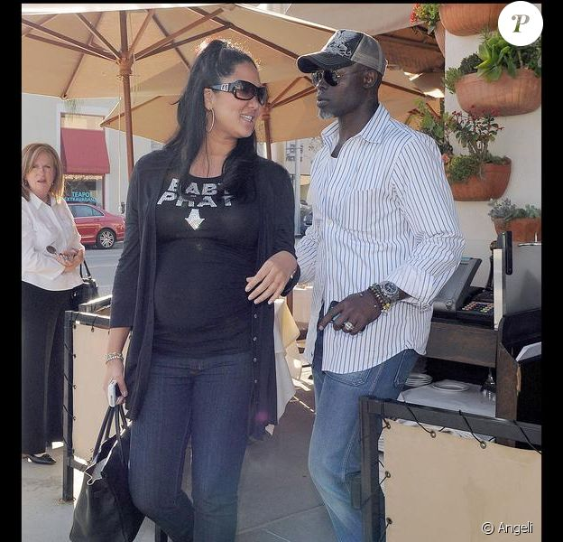 Djimon Hounsou et sa compagne Kimora Lee déjeunent à Beverly Hills le 26 mars 2009
