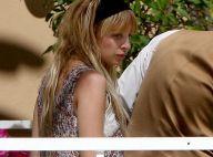 Nicole Richie : son compagnon Joel Madden est aux petits soins pour la jolie future maman ! Regardez !