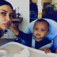 Saint West et sa mère Kim Kardashian sur une photo publiée le 28 février 2017