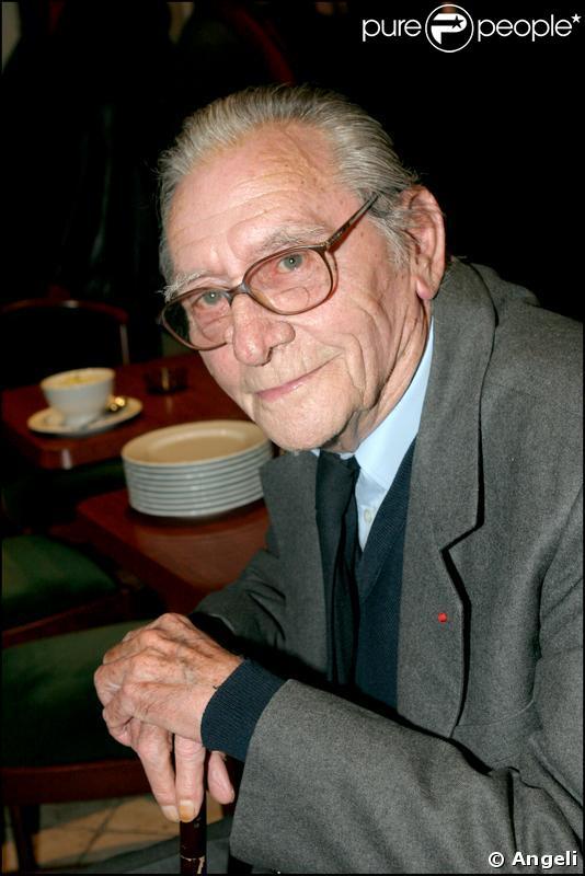 Le comédien, cinéaste et scénariste Robert Lamoureux en 2005