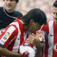 Sergio Agüero à Madrid avec son jeune bébé, avant un match