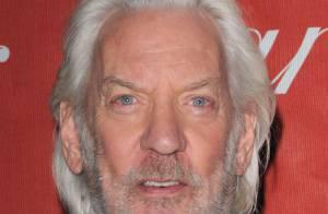 Donald Sutherland, papa de Kiefer Sutherland, va jouer au docteur avec... la marraine d'Angelina Jolie !