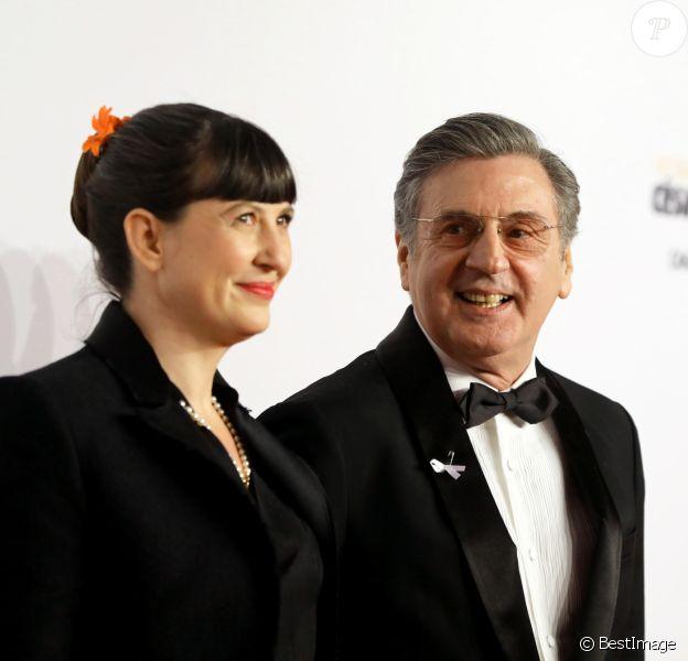 Daniel Auteuil et sa femme Aude Ambroggi - Photocall lors de la 43e cérémonie des Cesar à la salle Pleyel à Paris, le 2 mars 2018. © Dominique Jacovides - Olivier Borde / Bestimage
