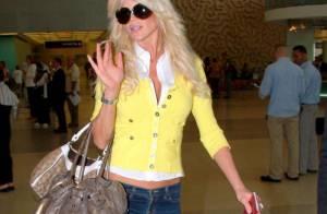 Victoria Silvstedt, belle et presque naturelle... sous le soleil de Miami !