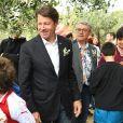 Exclusif - Laura Tenoudji, son fils Milan et son mari Christian Estrosi (le maire de Nice) avec leur fille Bianca - Christian Estrosi (le maire de Nice) et sa femme Laura Tenoudji ont fêté en famille le 1er mai dans les jardins de Cimiez pour la Fête des Mai à Nice, le 1er mai 2018. © Bruno Bebert/Bestimage