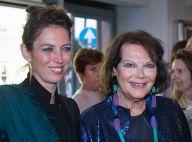 Claudia Cardinale soutenue par sa fille Claudia Squitieri, une belle copie