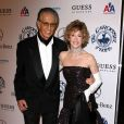 "Richard Perry et Jane Fonda au ""Carousel of Hope Ball"" à Beverly Hills le 23 octobre 2010."