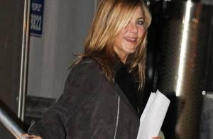 Jennifer Aniston, une célibataire rayonnante et... bien entourée !