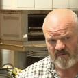"""Jeudi 2 novembre, Philippe Etchebest est allé aider Amandine et sa mère Sylvie dans leur restaurant pour l'émission """"Cauchemar en cuisine"""" sur M6."""