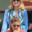 Julie Gayet - People dans les tribunes des Internationaux de France de Tennis de Roland Garros à Paris. Le 9 juin 2018 © Cyril Moreau / Bestimage