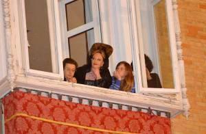 Melanie Griffith, sa fille Stella et sa belle-maman : les femmes de la vie d'Antonio Banderas au balcon pour l'admirer dans la procession de Pâques !