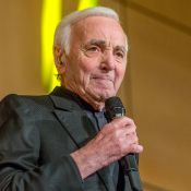Charles Aznavour, toujours en rééducation, doit annuler d'autres concerts