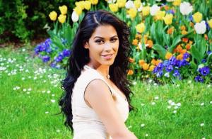 Ayem Nour, sensuelle et stylée en pleine nature : Un cliché chic !