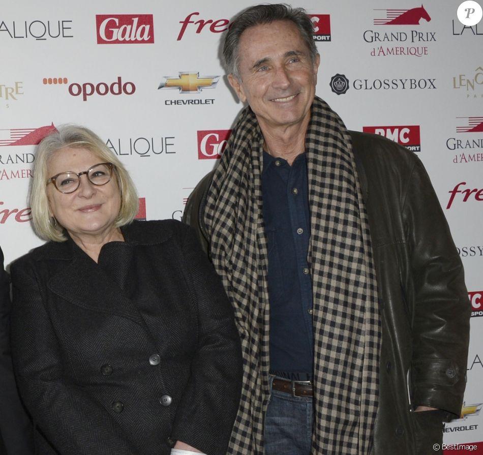 Josiane Balasko et Thierry Lhermitte - 93e Grand Prix d'Amerique à l'Hippodrome de Vincennes, le 26 janvier 2014.