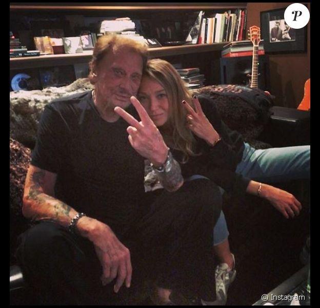 Le jour où Laura Smet a écouté l'album posthume de son père, Johnny Hallyday. Instagram, le 4 octobre 2017.